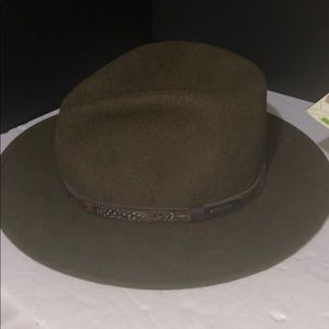 fdde5faa54b72 stetson Accessories - Who needs a hat  40 each men and women all styles
